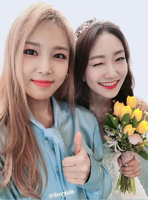 Dàn mỹ nhân Hàn đi đám cưới mà style giản dị hết sức: Jennie, Somi đến nữ phụ chuyển giới Itaewon Class đều chung ý tưởng lên đồ - Ảnh 3.