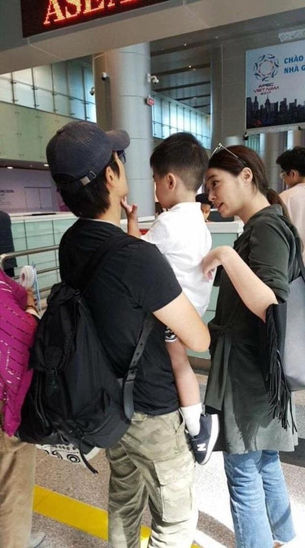2 nhóc tỳ bí ẩn nhưng hot nhất Kbiz: Con trai Lee Byung Hun gây sốt vì quá soái, con gái Bi Rain lên top Naver dù... không lộ mặt - Ảnh 10.