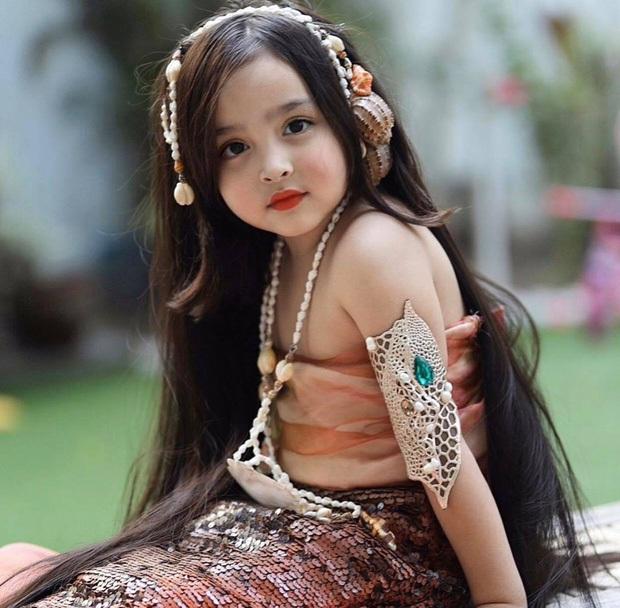 """Mỹ nhân đẹp nhất Philippines khoe ảnh gia đình """"sốc visual"""", bé Zia chiếm trọn spotlight: Xinh thế này bảo sao cát xê khủng hơn cả mẹ - Ảnh 4."""