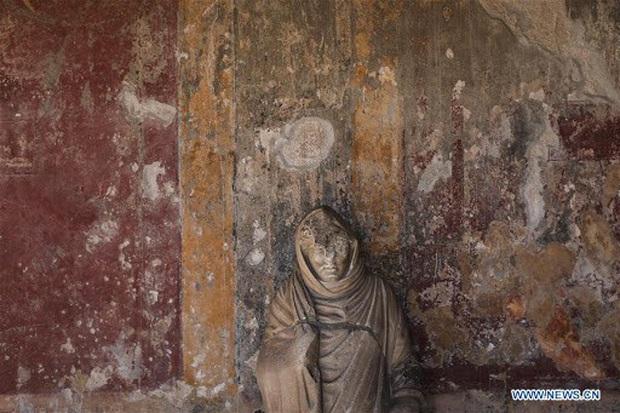 Du khách trả lại cổ vật đánh cắp sau khi bị nguyền rủa suốt 15 năm - Ảnh 1.
