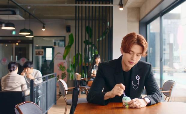 Phát cáu vì không tìm được loại kem yêu thích, Lee Dong Wook thẳng thắn chê bai quán tạp hóa: Dịch vụ ở đây quá tệ? - Ảnh 7.