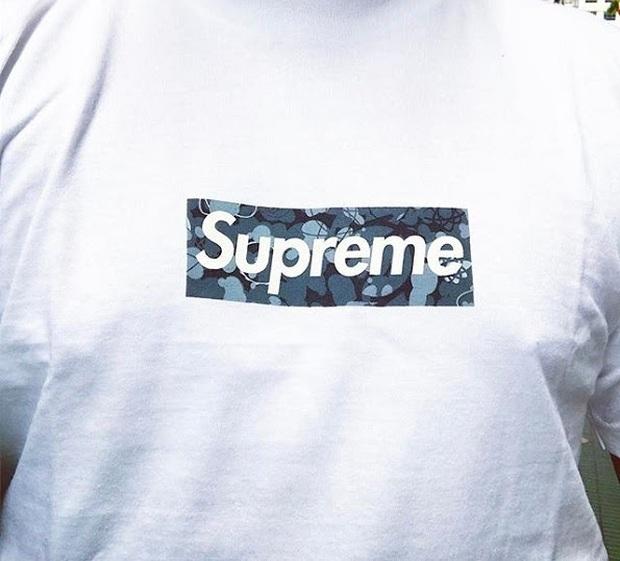 11 chiếc áo thun Supreme được thèm muốn nhất mọi thời đại: Rẻ nhất cũng vài chục triệu, đắt nhất gần 500 triệu VNĐ - Ảnh 11.