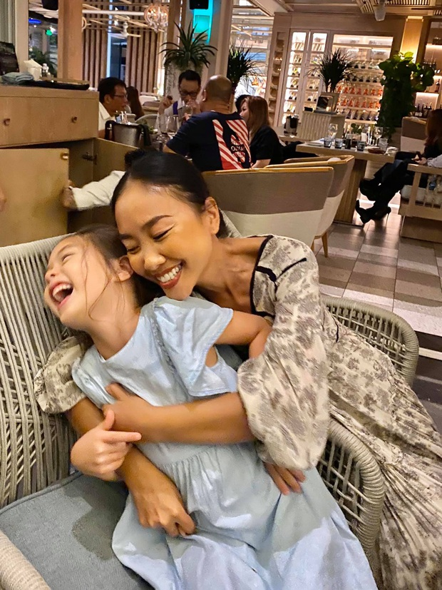Rộ nghi vấn Đoan Trang đã mang thai con thứ 2 qua cách gọi bé Sol, người trong cuộc chính thức lên tiếng! - Ảnh 3.