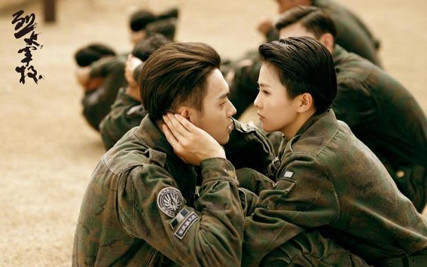 Bạch Lộc: Gà Vu Chính từng bị SM đánh rớt, hay dính dớp cặp kè bạn diễn nhưng lại là hủ nữ chính hiệu nhà EXO - Ảnh 12.