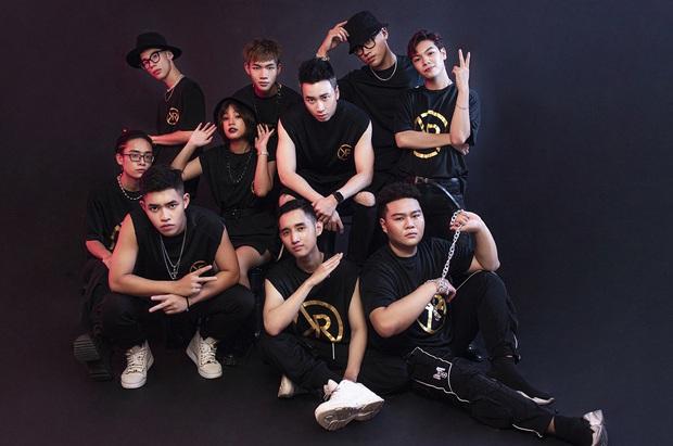 Người Lạ Ơi âm thầm cán mốc 200 triệu view, Karik chính là người sở hữu sản phẩm thành công nhất dàn HLV lẫn Giám khảo Rap Việt! - Ảnh 6.