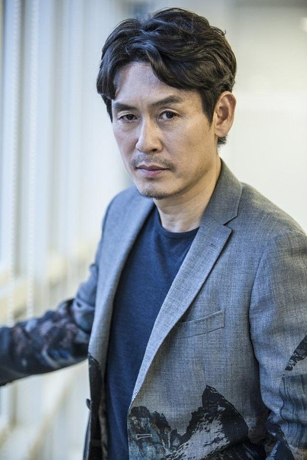 Chưa kịp xuất ngũ, D.O. (EXO) đã chốt đơn du hành lên mặt trăng ở dự án của đạo diễn Thử Thách Thần Chết - Ảnh 5.