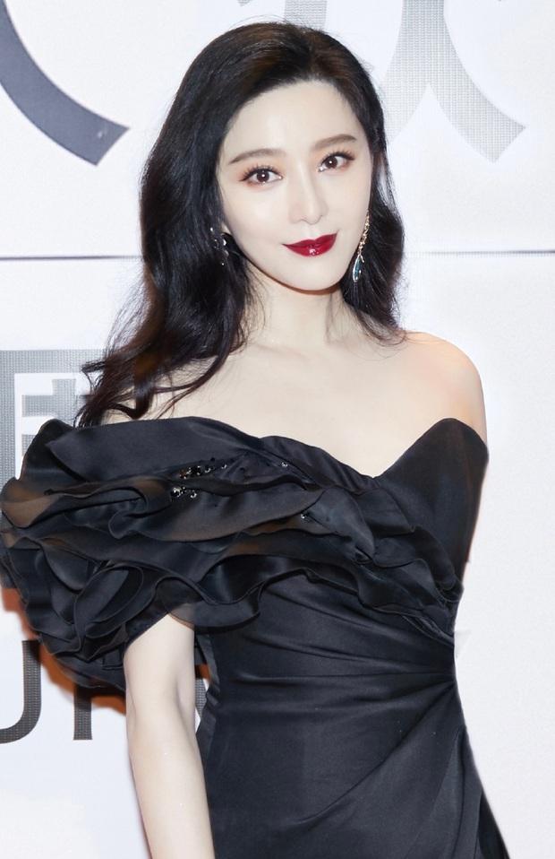 Nữ hoàng Phạm Băng Băng trở lại hoành tráng: Chiếm sóng Weibo với thần thái đẳng cấp, visual chấp camera thường - Ảnh 2.
