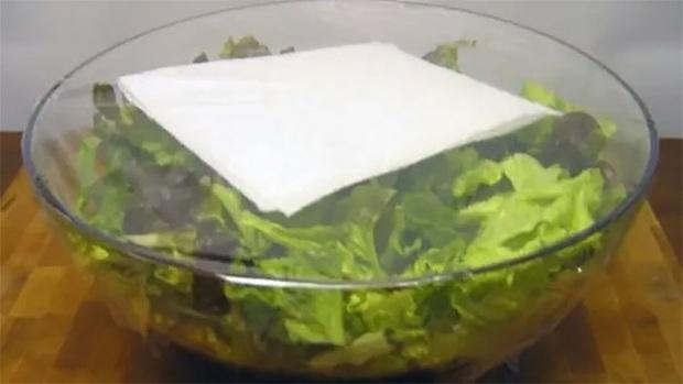17 mẹo bảo quản giữ thực phẩm tươi ngon lâu hơn: Điều số 7 nhiều người hay nhầm lẫn - Ảnh 17.