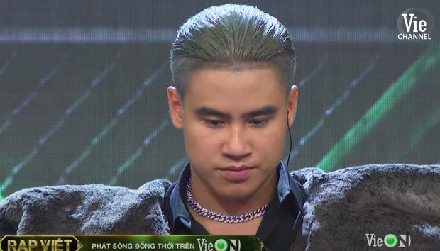 Rap Việt tập 12: Tez vừa về đội Wowy đã bị Karik phũ, GDucky bỗng trở thành mối lo? - Ảnh 3.