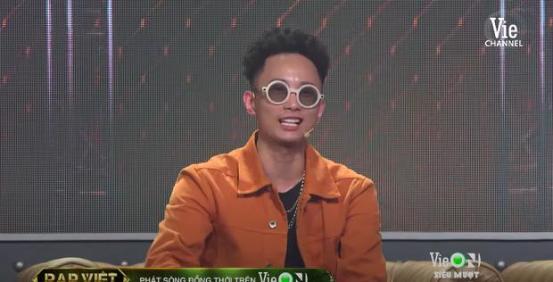 Rap Việt tập 12: Tez vừa về đội Wowy đã bị Karik phũ, GDucky bỗng trở thành mối lo? - Ảnh 4.
