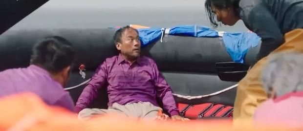 Cáo em Kim Bum bay vùn vụt như tên lửa, hở ra là rình giết chị dâu ở Bạn Trai Tôi Là Hồ Ly tập 3 - Ảnh 2.