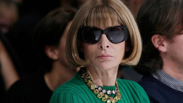 Bà hoàng Vogue: Nữ vương cai trị làng thời trang thế giới với những mật mã thép và bí ẩn phía sau mái tóc kinh điển không đổi hơn 50 năm - Ảnh 7.