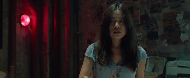 Sau 7 năm trở lại màn ảnh rộng, Hoàng Thùy Linh làm nghi can số 1 ở vụ giết người rúng động chung cư Trái Tim Quái Vật  - Ảnh 3.