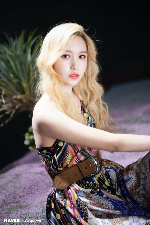 Bóc gia thế 4 nữ idol... thở cũng có mùi rich kid: Mẹ Jennie là cổ đông tập đoàn khủng, idol nhà Cube họ hàng với hoàng gia - Ảnh 6.
