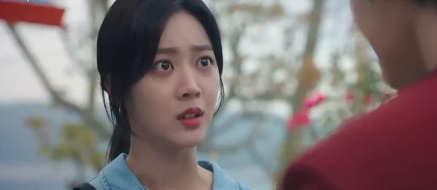 Cáo em Kim Bum bay vùn vụt như tên lửa, hở ra là rình giết chị dâu ở Bạn Trai Tôi Là Hồ Ly tập 3 - Ảnh 6.