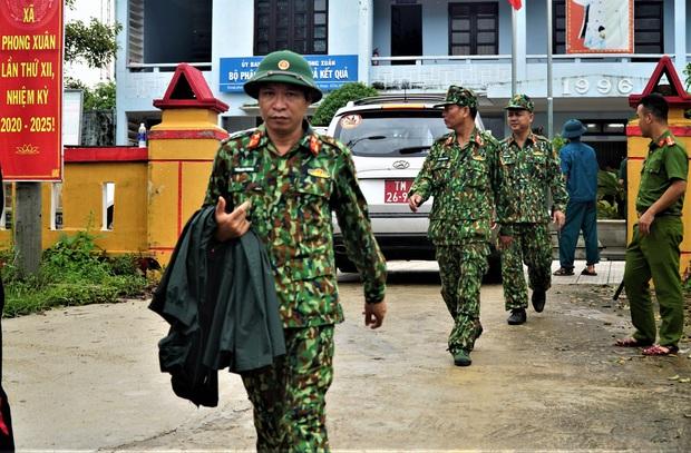 Sự cố Thủy điện Rào Trăng 3: Quân đội chủ trì việc giải cứu, đang mở đường vào hiện trường tìm 30 người mất tích - Ảnh 2.
