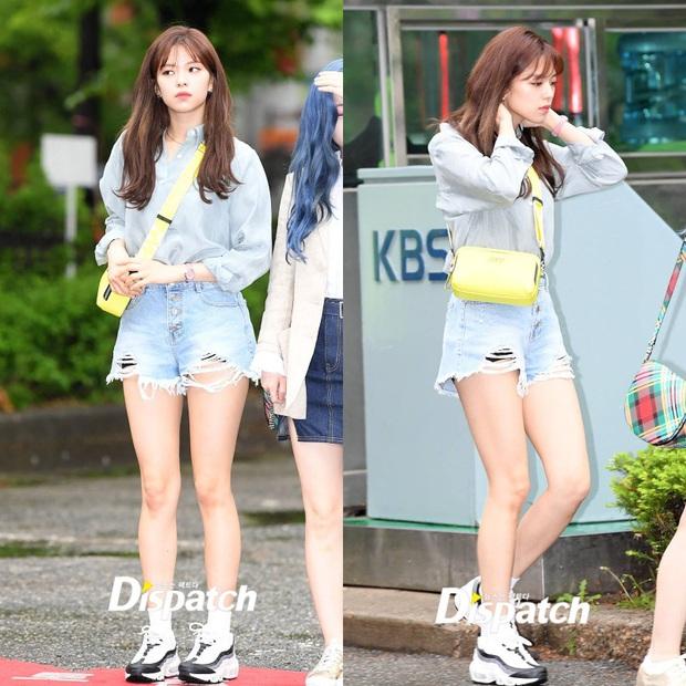 Style khi đi ghi hình của loạt idol Kpop: Người mặc đơn giản vẫn hút, người như trình diễn thời trang - Ảnh 9.