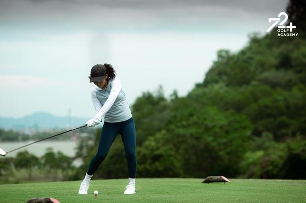 Con gái 2k2 nhà Diva Mỹ Linh bước chân vào hội mê golf, tiết lộ nhờ vậy mà thân với bố hơn - Ảnh 4.