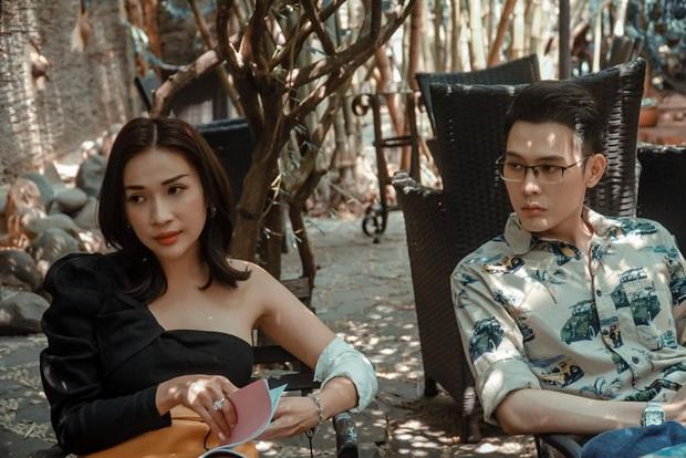 Lộ khoảnh khắc Võ Đăng Khoa ôm không rời và hôn tới tấp Khả Như, netizen liền đặt nghi vấn phim giả tình thật - Ảnh 3.