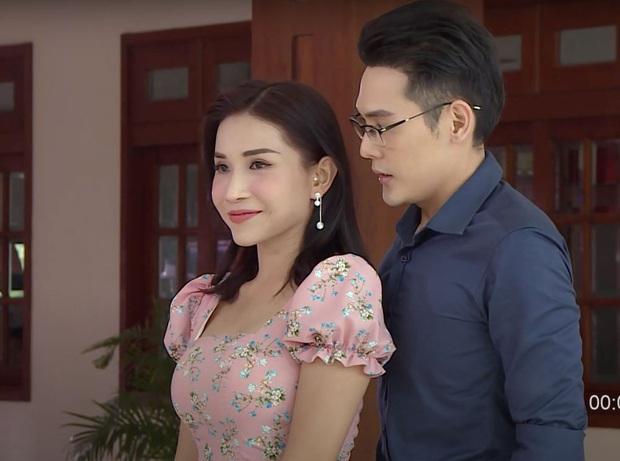 Lộ khoảnh khắc Võ Đăng Khoa ôm không rời và hôn tới tấp Khả Như, netizen liền đặt nghi vấn phim giả tình thật - Ảnh 4.
