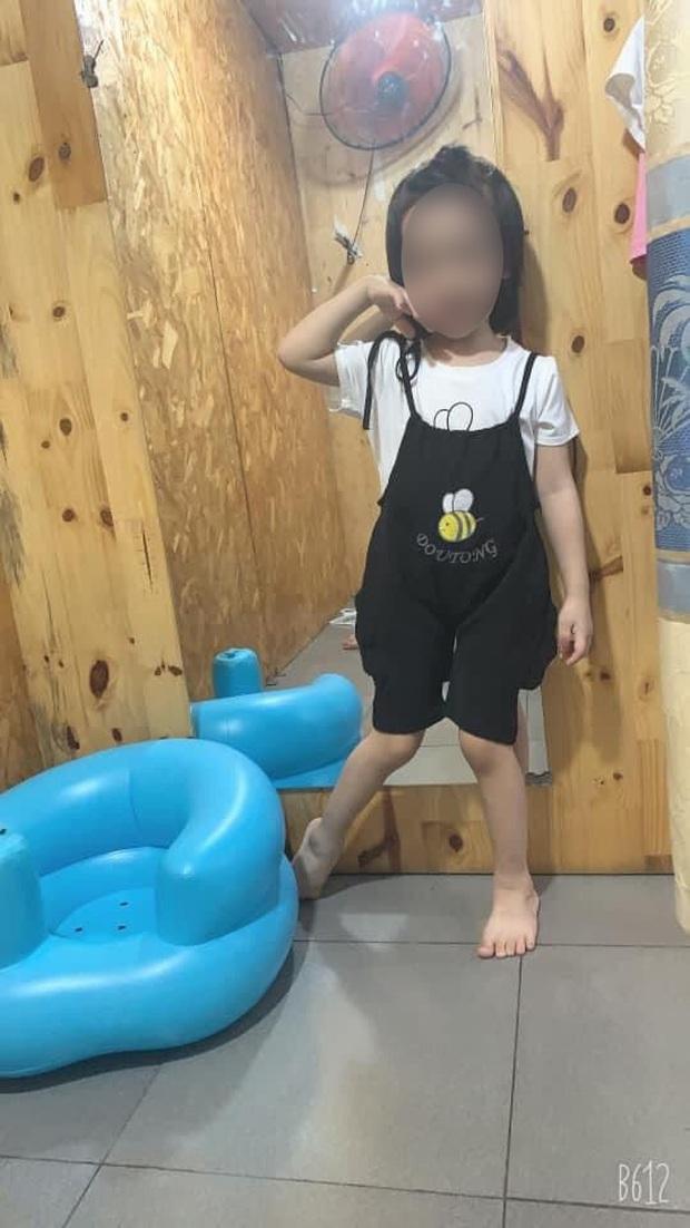 Học theo trò chơi treo cổ trên YouTube, bé gái 5 tuổi ở TP.HCM tử vong thương tâm - Ảnh 2.