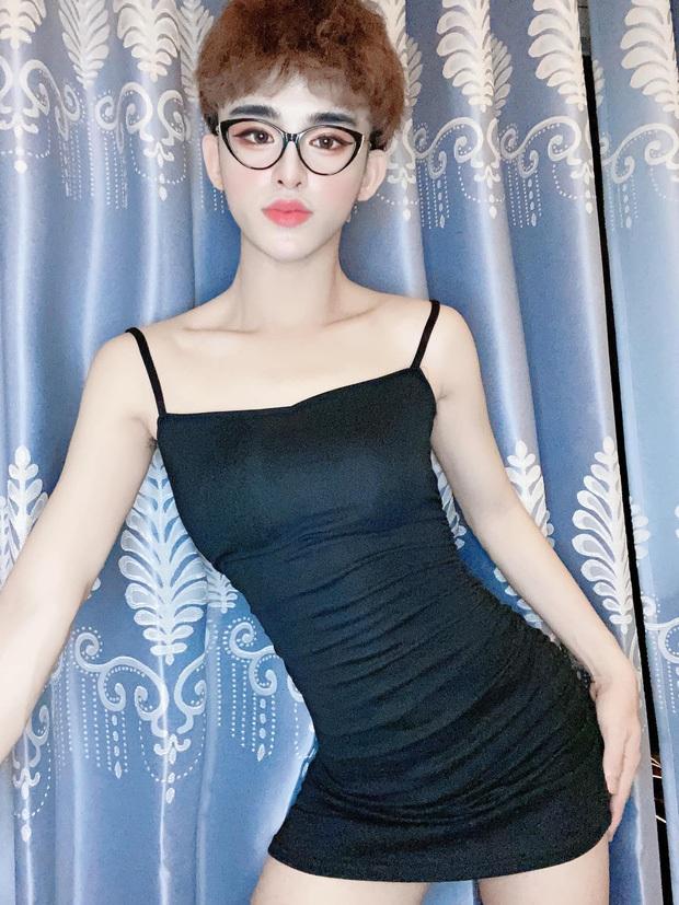 5 thí sinh gây bão tại Hoa hậu chuyển giới Việt 2020: Trần Đức Bo gây tranh cãi, có người được bạn trai cho 100 triệu động viên - Ảnh 4.