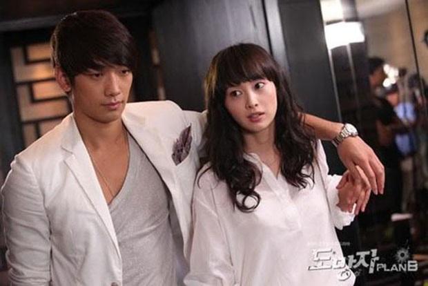 7 diễn viên Hàn bị quỵt cát xê trắng trợn: Nàng cỏ Goo Hye Sun mất 5 tỉ chưa sốc bằng chị đẹp Lee Na Young - Ảnh 2.
