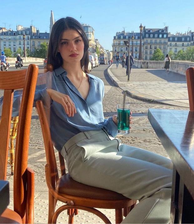Để có style mùa lạnh thanh lịch như quý cô Paris, bạn chỉ cần có trong tay 6 món đồ - Ảnh 5.