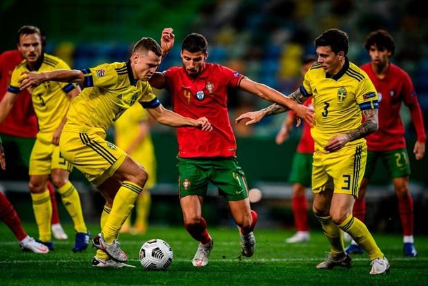 Xa Ronaldo không là bão tố: Bồ Đào Nha thắng đậm Thụy Điển trong ngày thiếu vắng ngôi sao số 1 - Ảnh 6.