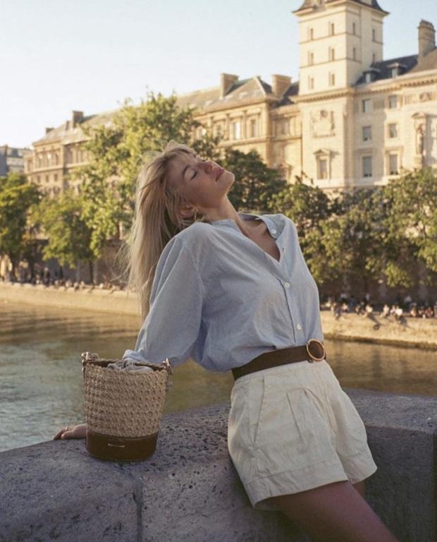 Để có style mùa lạnh thanh lịch như quý cô Paris, bạn chỉ cần có trong tay 6 món đồ - Ảnh 6.