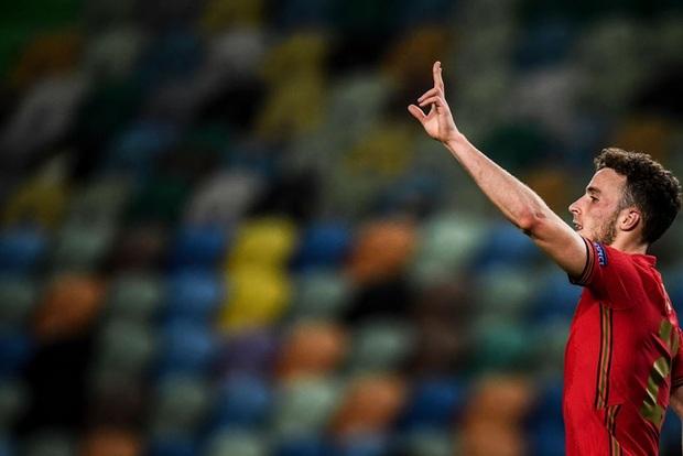 Xa Ronaldo không là bão tố: Bồ Đào Nha thắng đậm Thụy Điển trong ngày thiếu vắng ngôi sao số 1 - Ảnh 7.