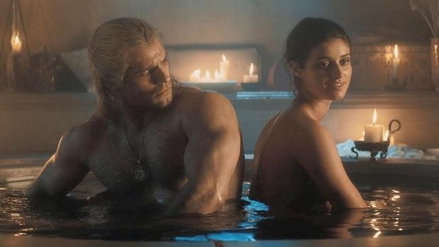 10 bí mật cảnh nóng phim Hollywood: Giả trân từ mồ hôi tới diễn viên, nếu xui gặp tai nạn thì cắn răng mà ứng biến - Ảnh 3.