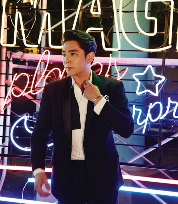 Không thể nhận ra nam thần Super Junior 1 thời: Mặt hốc hác, tuột dốc nhan sắc sau khi rời nhóm vì chuỗi bê bối - Ảnh 6.