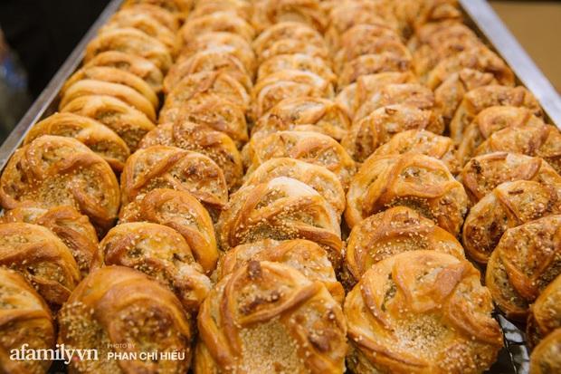 Nhiều người hay thắc mắc Hết Trung thu thì Bảo Phương bán gì?, lời giải đáp từ truyền nhân đời thứ 3 của tiệm bánh trứ danh phố Thụy Khuê khiến ai nấy đều thêm ngưỡng mộ - Ảnh 10.