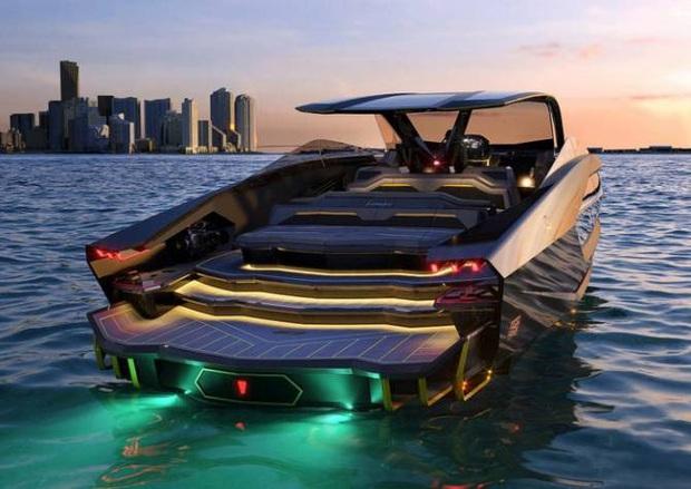 Gã điên Conor McGregor chơi lớn chi 80 tỷ để mua siêu du thuyền, cả thế giới chỉ có vỏn vẹn 63 chiếc - Ảnh 4.