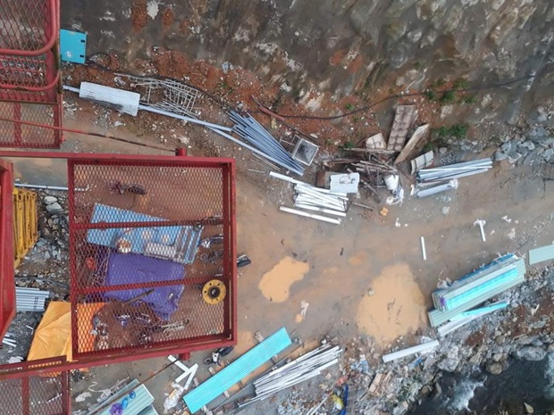 Ảnh: Cận cảnh bên trong khu vực nhà điều hành thủy điện Rào Trăng 3 bị lũ quét vùi lấp - Ảnh 3.
