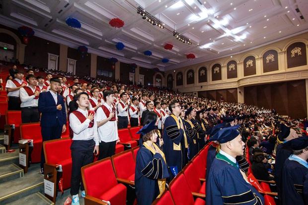VinUni chính thức khai giảng năm học đầu tiên, 260 tân sinh viên khoá I đều sở hữu thành tích khủng - Ảnh 3.