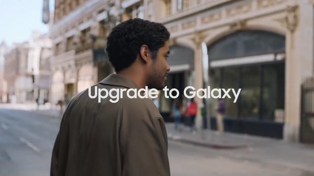 Cà khịa là thế, nhưng Samsung rồi cũng sẽ học theo Apple bỏ luôn củ sạc mà thôi! - Ảnh 3.