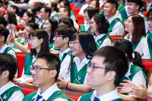 VinUni chính thức khai giảng năm học đầu tiên, 260 tân sinh viên khoá I đều sở hữu thành tích khủng - Ảnh 4.