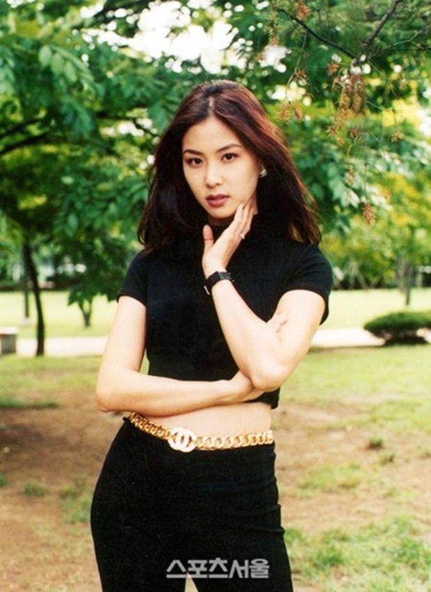 Bác sĩ thẩm mỹ chọn ra mỹ nhân Hàn đẹp nhất thập niên 1990: Jeon Ji Hyun huyền thoại nhưng vẫn thua đẹp vì Lee Young Ae! - Ảnh 23.