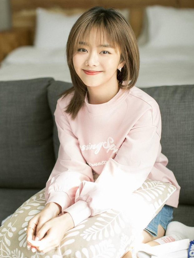 1001 drama Kim Ưng 2020: Nữ thần gian lận, váy đạo nhái, Lý Tiểu Lộ bị phong sát trên sóng truyền hình vì ngoại tình - Ảnh 3.