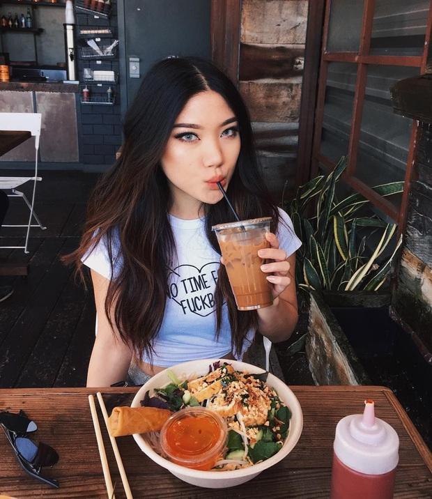 5 tips ăn uống giúp quá trình chuyển hóa thức ăn diễn ra nhanh hơn, ăn nhiều cũng chẳng lo béo mà lại còn giảm cân thành công - Ảnh 3.