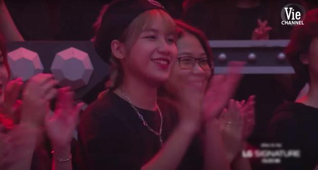 Gái xinh vô tình chiếm spotlight trong màn biểu diễn của GDucky tại Rap Việt, đến bây giờ vẫn chưa lộ info - Ảnh 4.