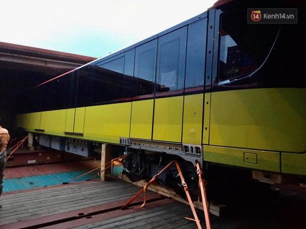 Đoàn tàu đầu tiên dự án metro Nhổn - Ga Hà Nội về đến Việt Nam - Ảnh 5.