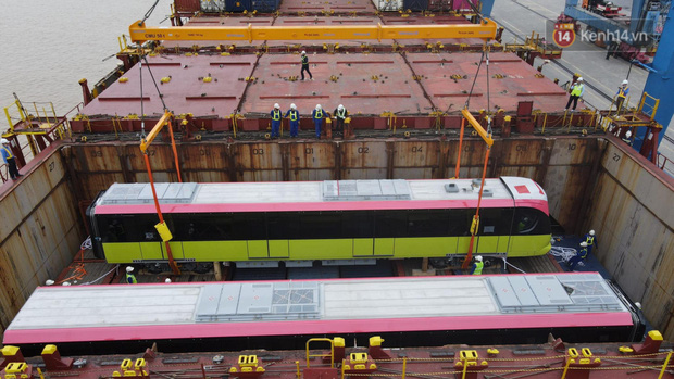 Đoàn tàu đầu tiên dự án metro Nhổn - Ga Hà Nội về đến Việt Nam - Ảnh 11.