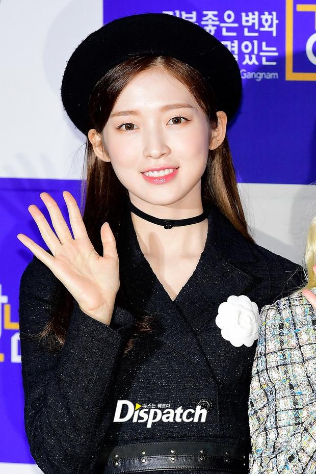 Thảm đỏ hot nhất xứ Hàn hôm nay: Tiffany (SNSD) chặt chém với đôi chân cực phẩm, Joy (Red Velvet) đẹp lấn át cả nữ thần Irene - Ảnh 18.