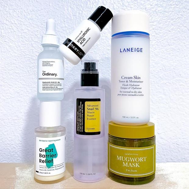 Da từ khô nẻ lão hóa sẽ hóa căng mướt như sương nếu bạn bổ sung thêm 2 sản phẩm vào chu trình skincare - Ảnh 2.