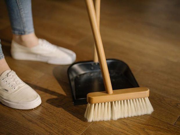 5 thói quen tai hại khi dọn dẹp, giữ vệ sinh nhà cửa ai cũng làm mỗi ngày nhưng lại khiến bệnh tật dễ tấn công lúc nào không hay - Ảnh 1.