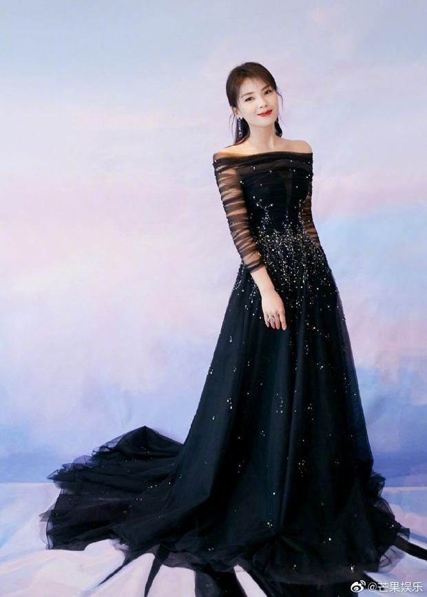 Bế mạc Kim Ưng 2020: Triệu Lệ Dĩnh bùng nổ visual bên Victoria sến sẩm, Thánh lố hoá công chúa giữa dàn mỹ nam - Ảnh 27.