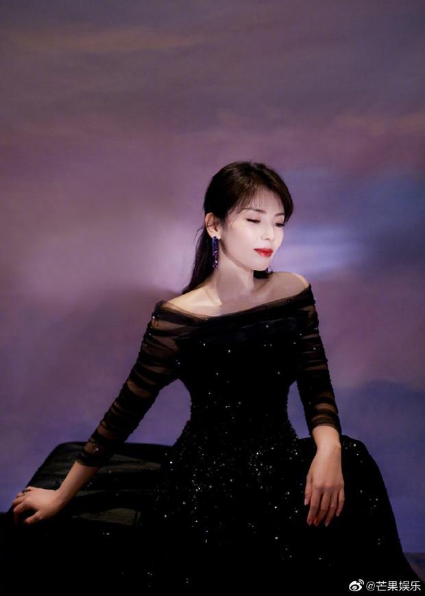 Bế mạc Kim Ưng 2020: Triệu Lệ Dĩnh bùng nổ visual bên Victoria sến sẩm, Thánh lố hoá công chúa giữa dàn mỹ nam - Ảnh 29.